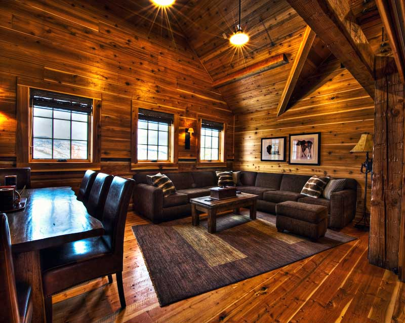 ... Grizzly Creek Ranch Living Room 1 ...